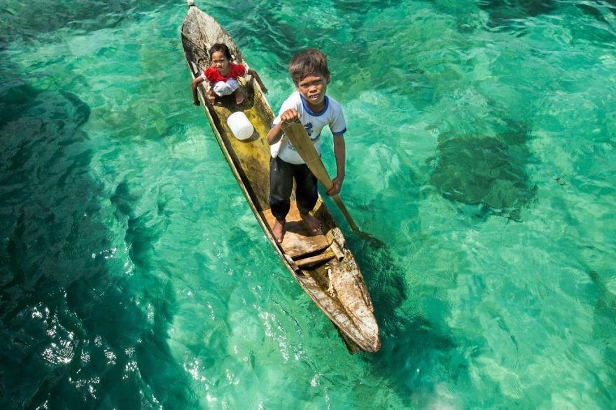 قبیله باجائو 8 - تصاویر/ قبیله ای که فقط در آب زنده گی می کنند!