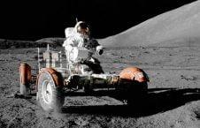 ماه 226x145 - ملیاردری که ماه نشین می شود!