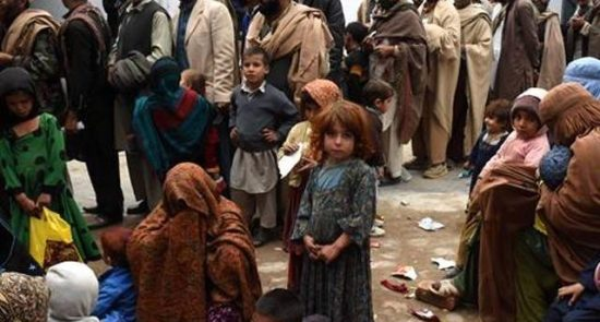 مهاجران افغان 550x295 - مهاجرت بیش از 2 ملیون افغان به علت بیکاری و ناامنی