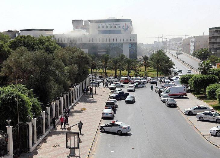 یورش داعش لیبیا3 - تصاویر/ یورش داعش به تعمیر شرکت نفت لیبیا