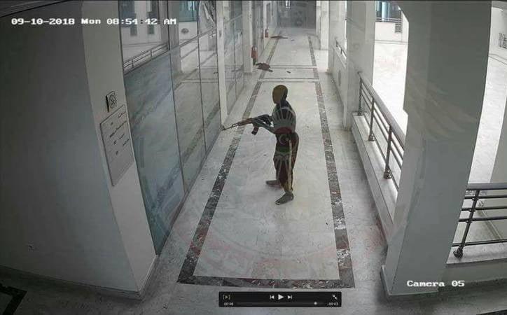 یورش داعش لیبیا4 - تصاویر/ یورش داعش به تعمیر شرکت نفت لیبیا