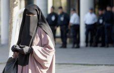 برقع 226x145 - ممنوعیت پوشش برقع، نقض حقوق بشراست!