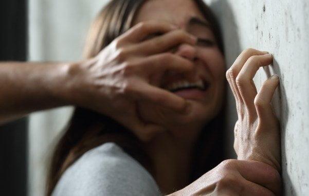 تجاوز - تجاوز بالای یک زن شوهر دار در هند