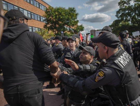 تظاهرات امریکا2 - تصاویر/ درگیری مظاهره کننده گان امریکایی با پولیس