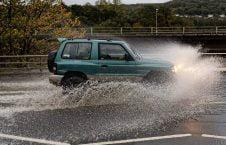 تصاویر/ وقوع توفان سهمگین در بریتانیا