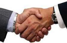 1 226x145 - تاکید مجدد احزاب بر افشای قرارداد دولت با شرکت تامین کننده سیستم بایومتریک