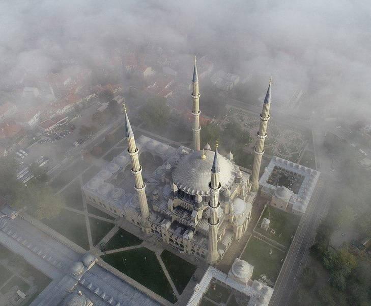 مسجد سلیمیه 4 - تصاویر/ مسجدی در میان ابرها