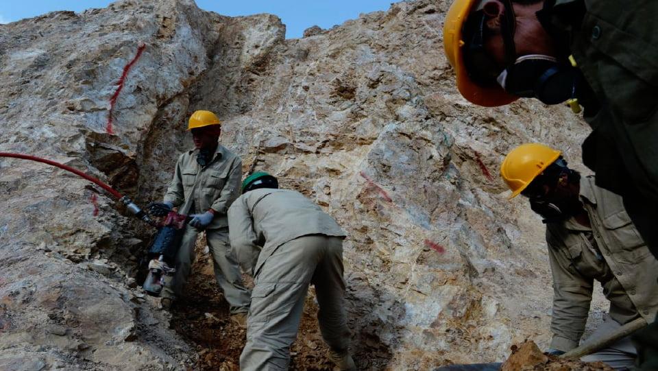 معادن - بهره برداری امريكا از منابع طبيعی افغانستان