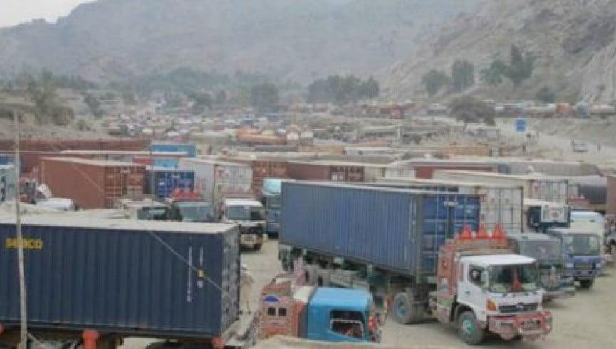 گمرک - خسارتی بزرگ برای تاجران افغان!