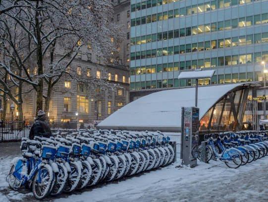 برف7 - تصاویر/ جان باختن 7 باشنده امریکایی بر اثر بارش برف