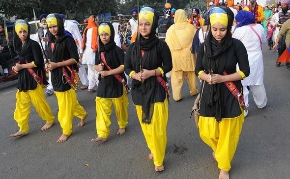 دختران سیک - تجاوز جنسی پاکستانی ها به دختران سیک!