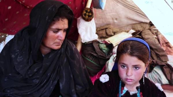 دختر - فروش یک دختر افغان به پیرمرد 70 ساله + تصاویر