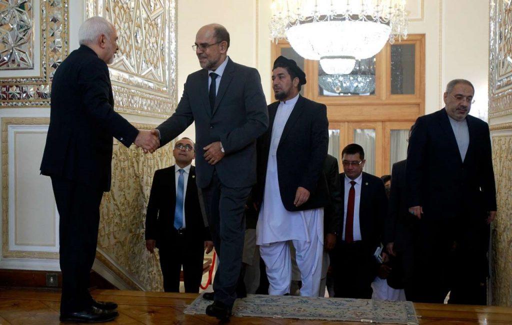 محمد کریم خلیلی 3 1 1024x650 - تصاویر/ دیدار محمد کریم خلیلی با وزیر امور خارجه ایران