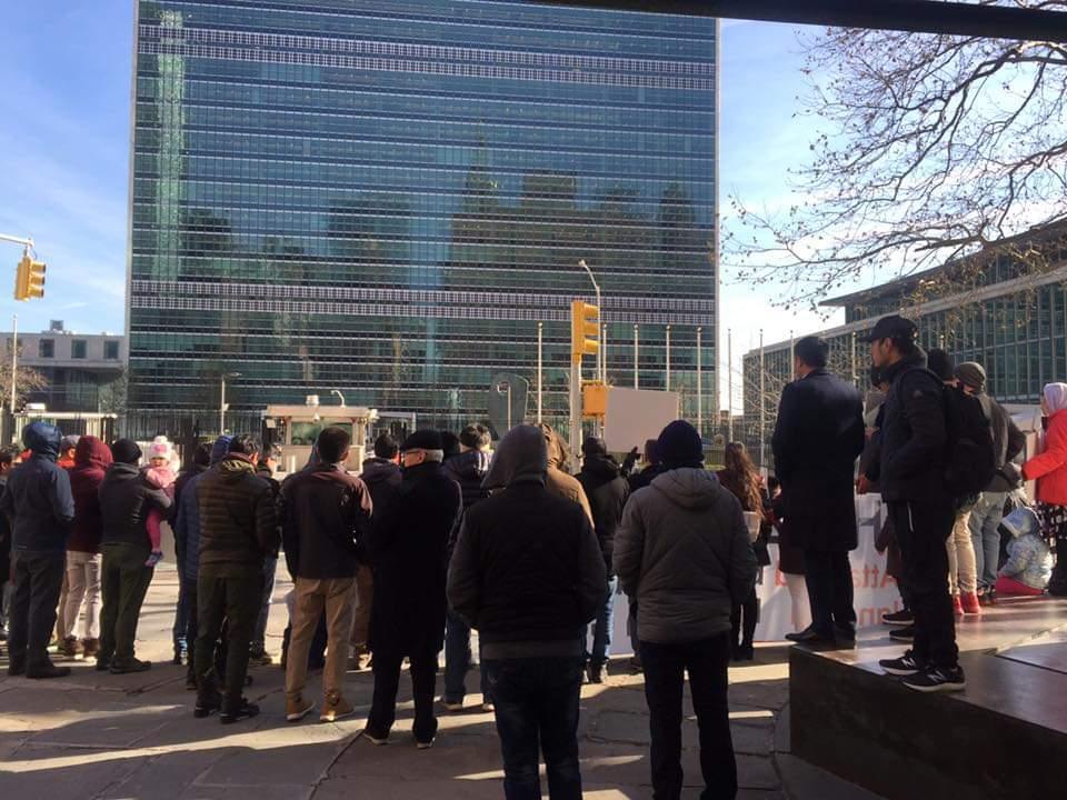 هزاره 1 - تصاویر/ تجمع اعتراضی در پیوند به کشتار هزاره ها در امریکا