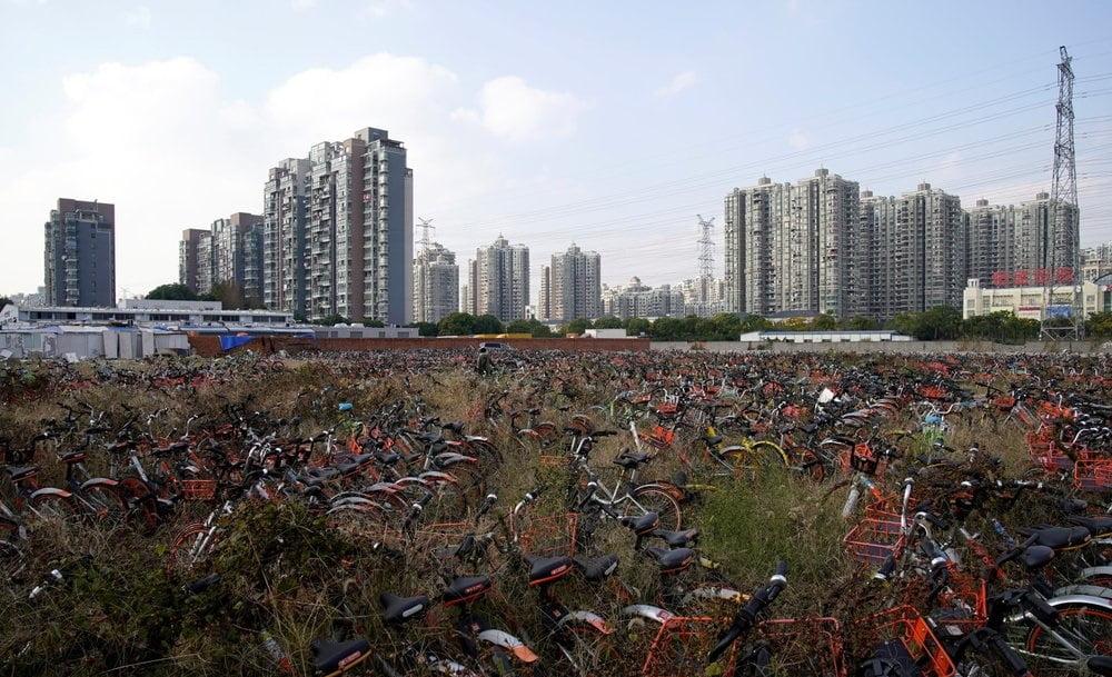 بایسکل 5 - تصاویر/ گورستانی عجیب در کشور چین
