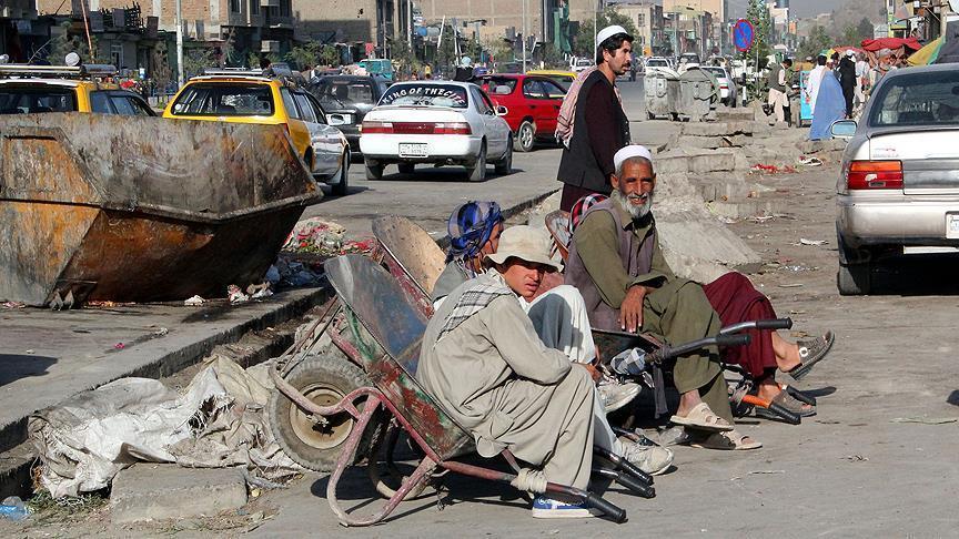 بیکار - رکوردزنی افغانستان در تولید بیکاران!