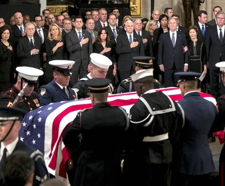 تابوت بوش 4 - تصاویر/ تابوت ایچ دبلیو بوش در کانگرس امریکا