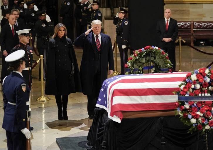 تابوت بوش 6 - تصاویر/ تابوت ایچ دبلیو بوش در کانگرس امریکا