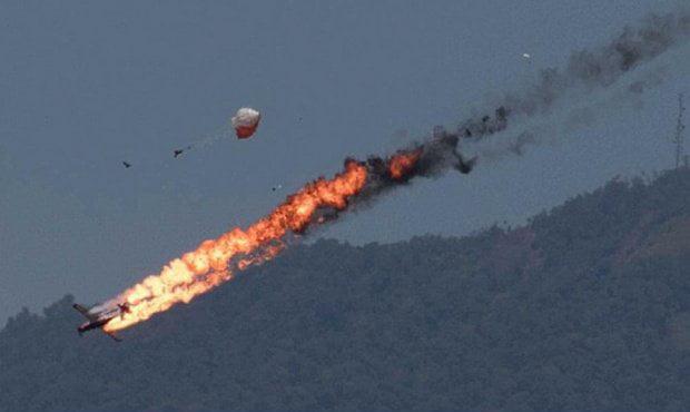 طیاره - برخورد دو طیاره امریکایی به یکدیگر در نزدیکی جاپان