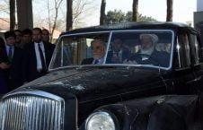 عبدالله عبدالله موتر قدیمی 2 226x145 - تصاویر/ هدیه عبدالله عبدالله به موزیم ملی