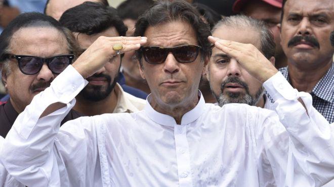 عمران خان 1 - پاکستان میزبان مذاکرات صلح افغانستان!
