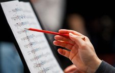 آهنگساز 226x145 - آهنگساز پرآوازه افغانستان وفات یافت