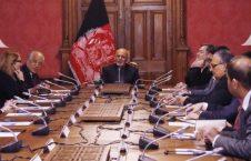 اشرف غنی خلیلزاد 226x145 - خلیلزاد جزییات مذاکرات قطر با طالبان را با رییس جمهور غنی شریک ساخت