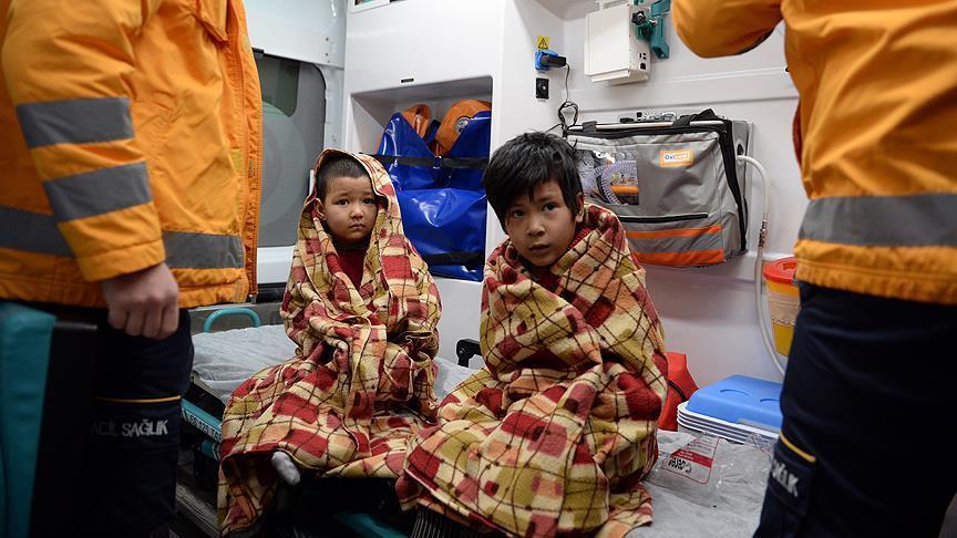 افغان - نجات جان یک خانواده مهاجر افغان توسط باشنده ترکیه ای