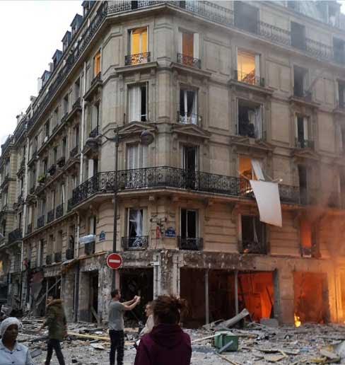 انفجار فرانسه 4 - تصاویر/ انفجار مهیب در پایتخت فرانسه