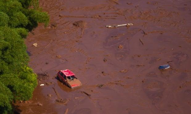 بند آب 1 - تصاویر/ شکسته شدن بند آب در برازیل