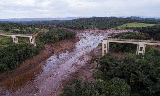 بند آب 2 - تصاویر/ شکسته شدن بند آب در برازیل