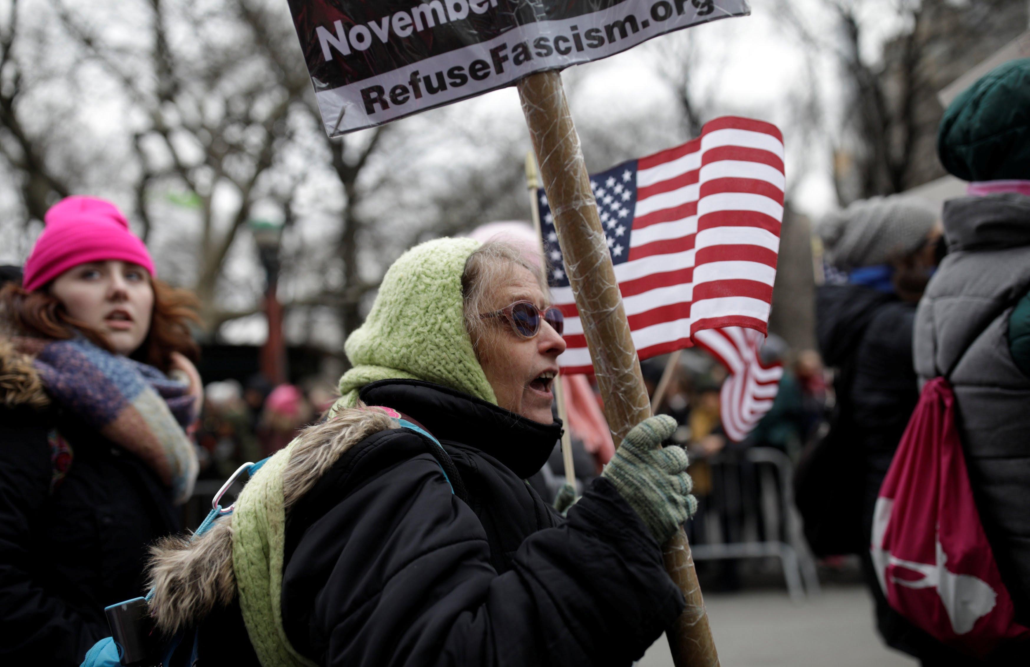 تظاهرات امریکا 1 - تصاویر/ تظاهرات صدها هزار زن امریکایی علیه ترمپ
