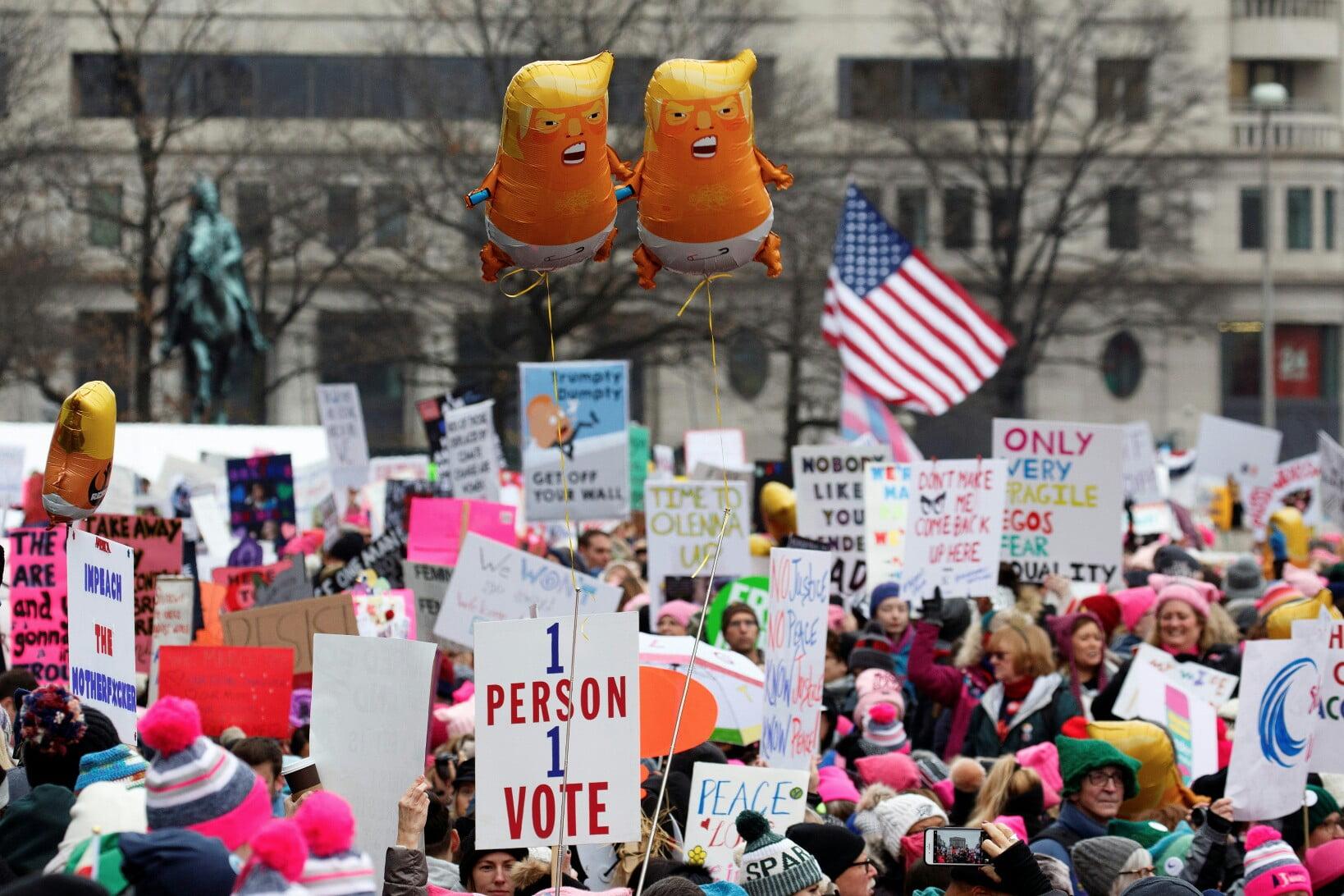 تظاهرات امریکا 6 - تصاویر/ تظاهرات صدها هزار زن امریکایی علیه ترمپ
