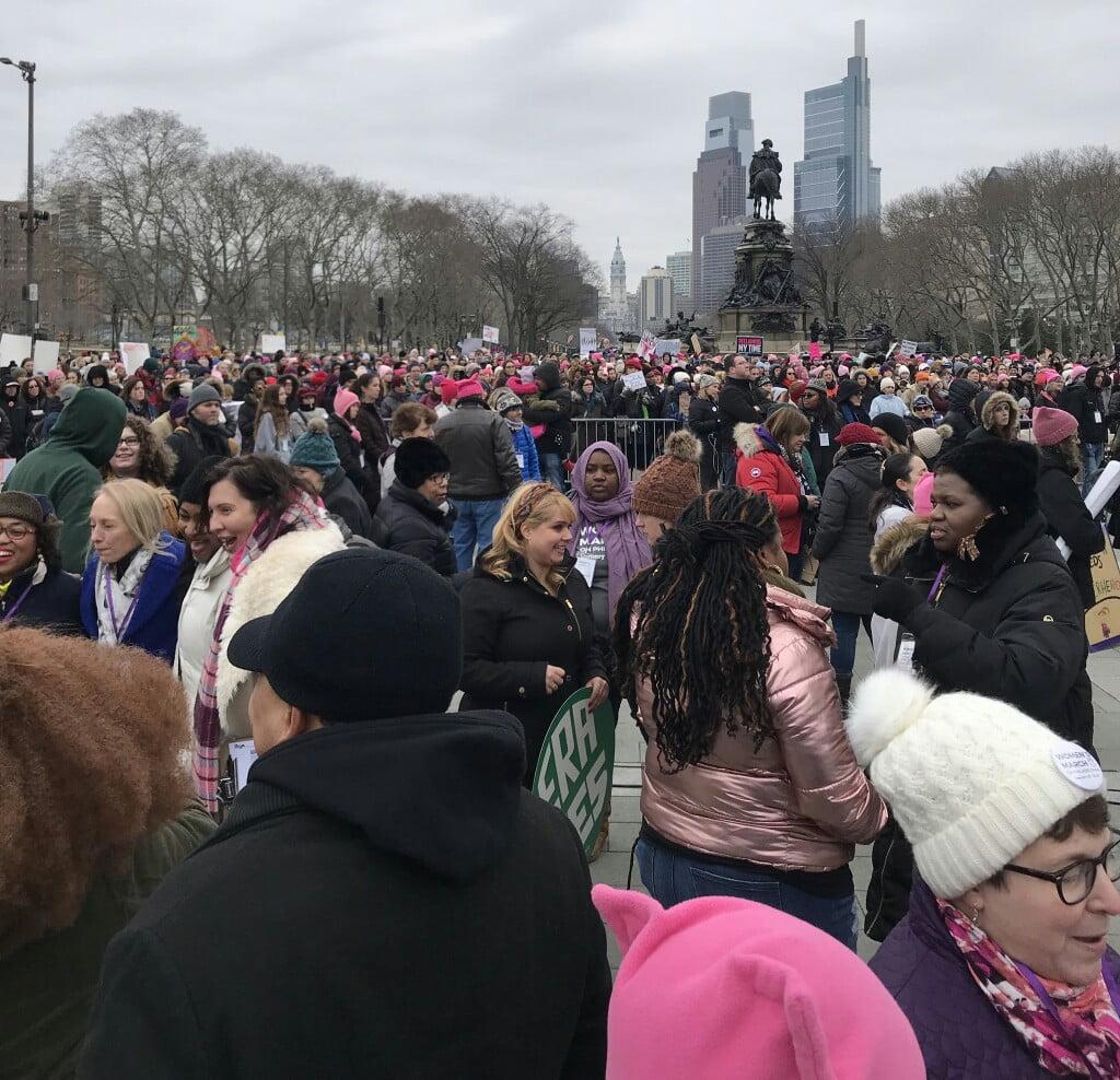 تظاهرات امریکا 8 - تصاویر/ تظاهرات صدها هزار زن امریکایی علیه ترمپ