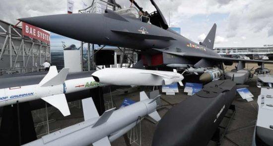 سلاح بریتانیا 550x295 - توقف صادرات سلاح از بریتانیا به عربستان