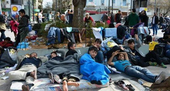 مهاجر 550x295 - دستگیر شدن بیش از 100 هزار مهاجر افغان در ترکیه