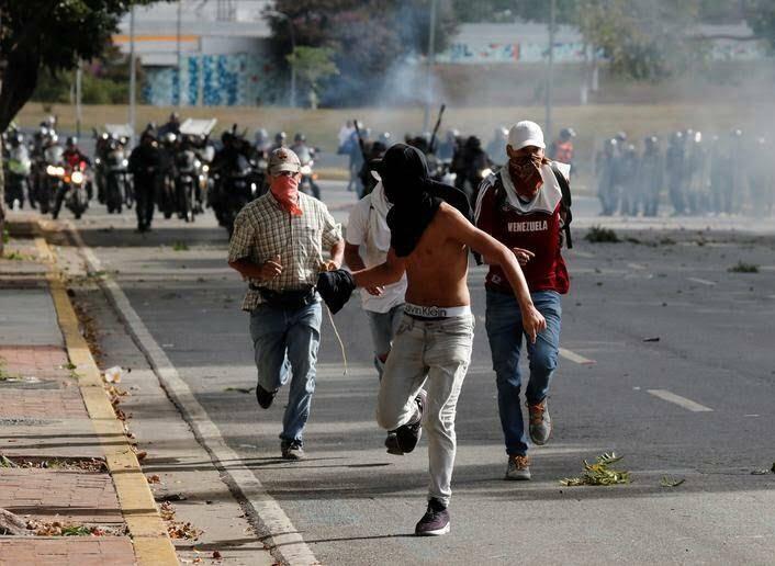 ونزویلا 12 - تصاویر/ آشوب در ونزویلا