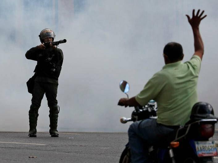 ونزویلا 5 - تصاویر/ آشوب در ونزویلا