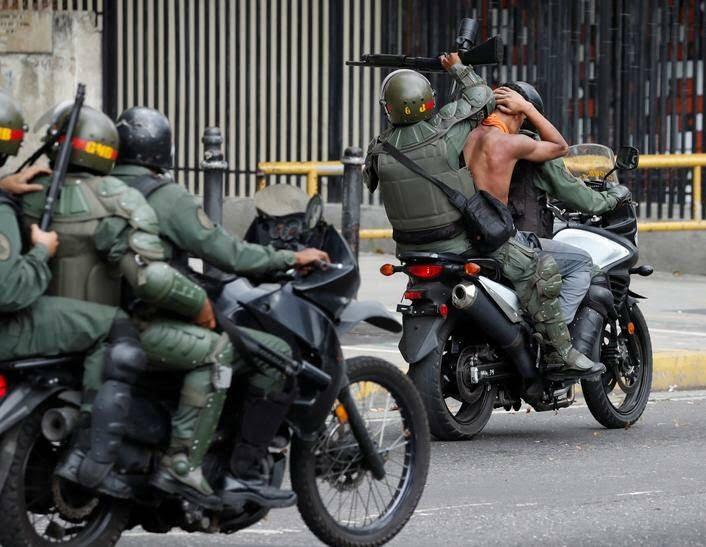 ونزویلا 6 - تصاویر/ آشوب در ونزویلا