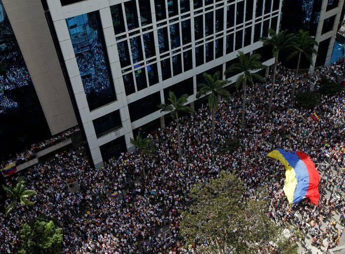 ونزویلا 8 - تصاویر/ آشوب در ونزویلا