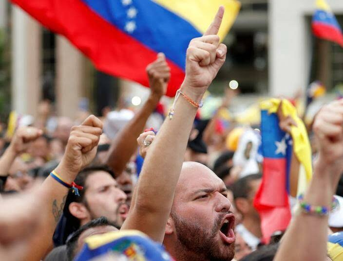 ونزویلا 9 - تصاویر/ آشوب در ونزویلا