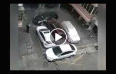 ویدیو برخورد عجیب دریور خشمگین موتر 226x145 - ویدیو/ برخورد عجیب دریور خشمگین با موتر همسایه