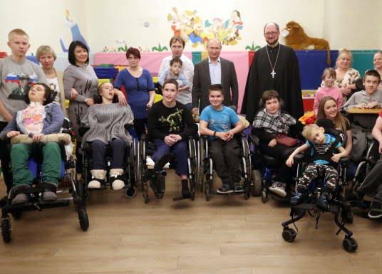 پوتین در شفاخانه 4 - تصاویر/ پوتین در شفاخانه اطفال