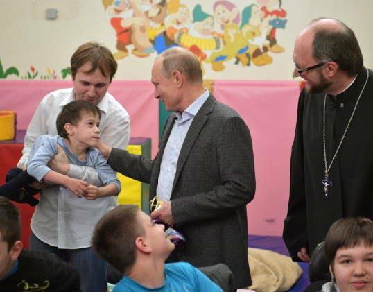 پوتین در شفاخانه 6 - تصاویر/ پوتین در شفاخانه اطفال