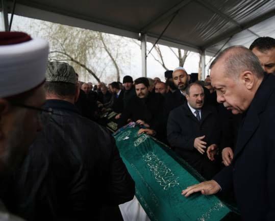 اردوغان 9 - تصاویر/ رییس جمهور ترکیه زیر تابوت