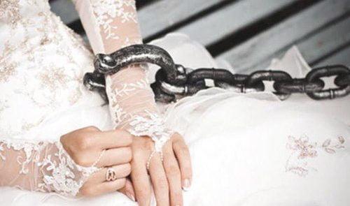 ازدواج اجباری 500x295 - نگرانی مسوولین از افزایش ازدواجهای پیش از وقت در افغانستان