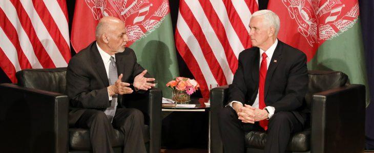 اشرف غنی مایک پنس - دیدار رییس جمهور غنی با معاون رییس جمهور ایالات متحده امریکا