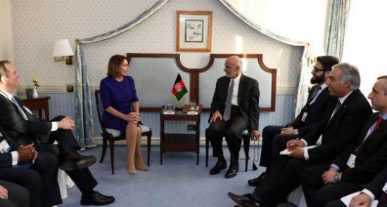 اشرف غنی نانسی پلوسی 550x295 - دیدار رییس جمهور غنی با رییس کانگرس امریکا