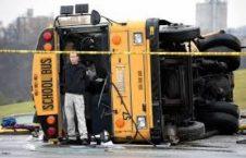 بس امریکا 226x145 - واژگون شدن یک بس در امریکا