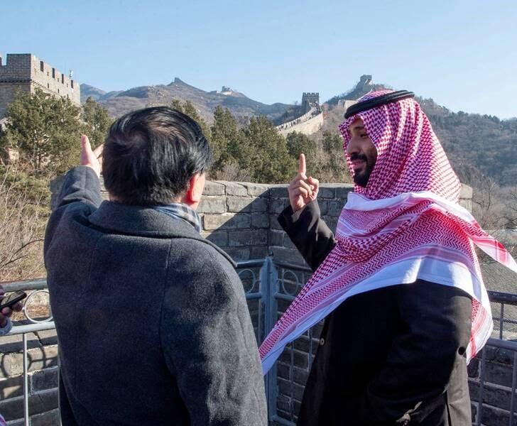 بن سلمان 7 - تصاویر/ بن سلمان روی دیوار چین!